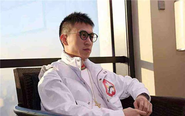 上海滩第一富二代情史:秦奋公子的后宫团之争