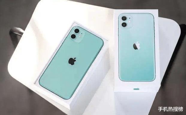 """iPhone9真机公布,2500起售,让苹果11一夜之间跌至""""小米价"""""""