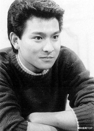 黎明18岁,古天乐18岁,鹿晗18岁,蔡徐坤18岁,没对比就没有伤害