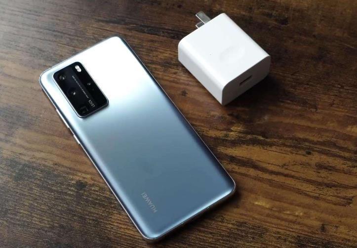 性能相差无几,价格却相差两三千,华为手机和荣耀手机有什么区别?
