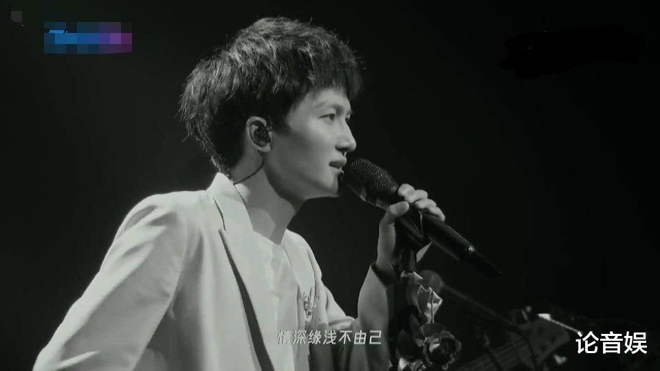 没有热搜,张杰这一次线上演唱会,暴露了真实人气