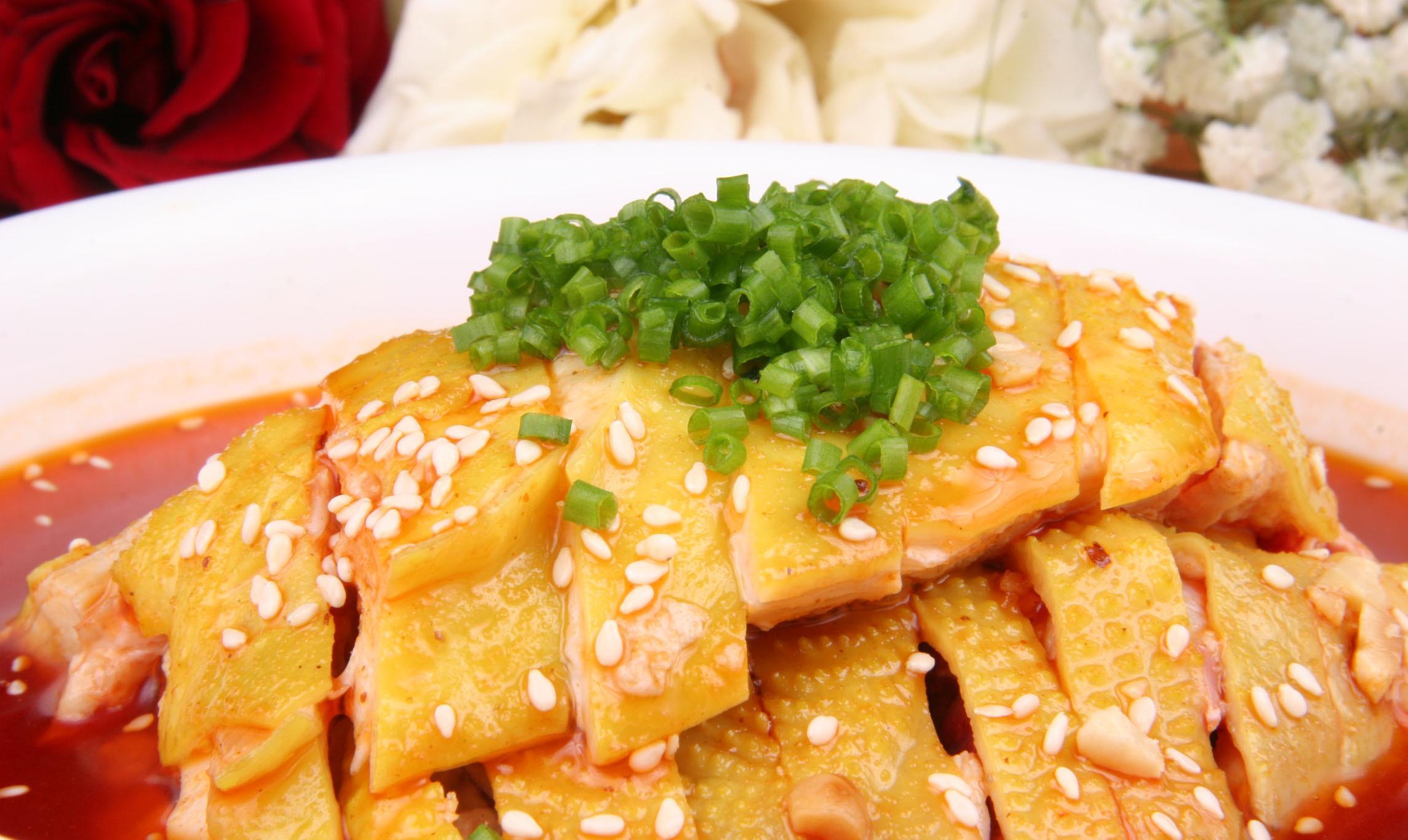 中餐厅林大厨教王一博做口水鸡,照样子学做味道太正宗了,超好吃