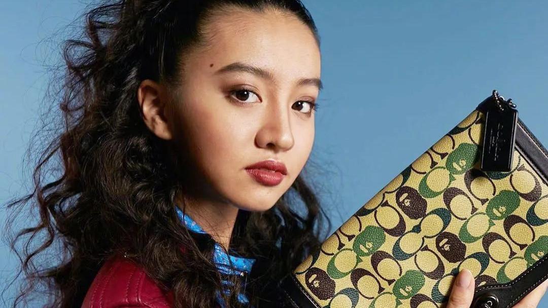 """""""最美星二代""""的她明明是17岁超模脸,为何折腾的比47岁还老气?"""