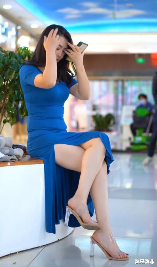 开叉裙适合微胖美女,塑造身体,诠释微胖才是最美的!插图2