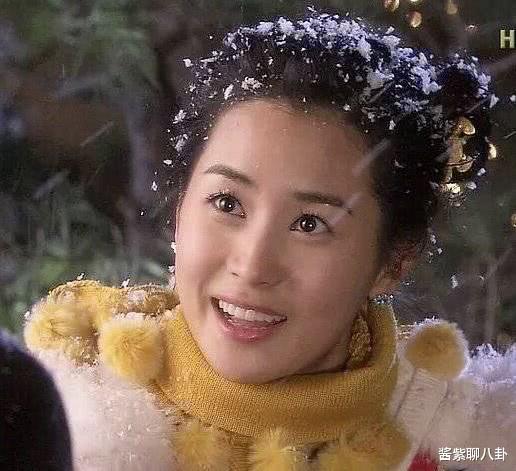 整容界奇迹,郑丽媛曾被整毁的脸又整回来了,希望李多海多多学习