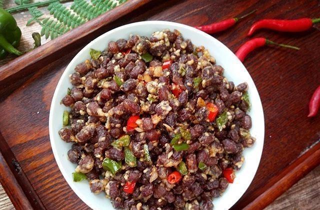 自从学会红豆这样吃,再没用它煮过粥,又香又酥,比花生米还美味 酥红豆 菜谱 美食 美味 花生米 每日推荐  第8张