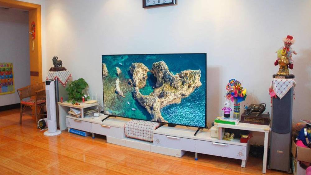 三星QLED 8K电视Q700T评测:触手可及的顶级8K画质体验