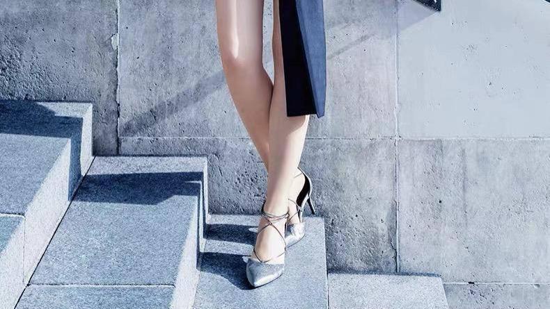 夏天就是凉鞋的主场,5双气质的高跟凉鞋,性感尖头清爽透气