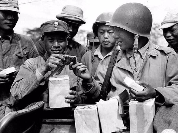 在兰姆伽受训后,远征军官兵发现,骑摩托、吃饭团的日军其实很穷 陆军 单机资讯  第4张