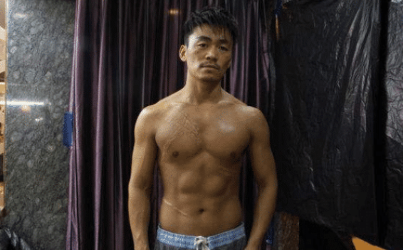 彭于晏:看看我的腹肌,郭富城:看看我的,王宝强:敢和我比比?