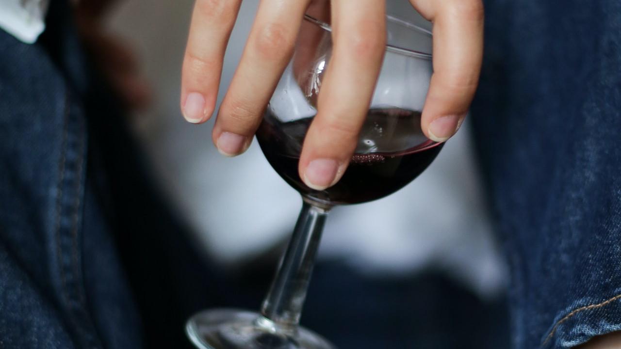 酒≠wine!别再把酒说成wine了