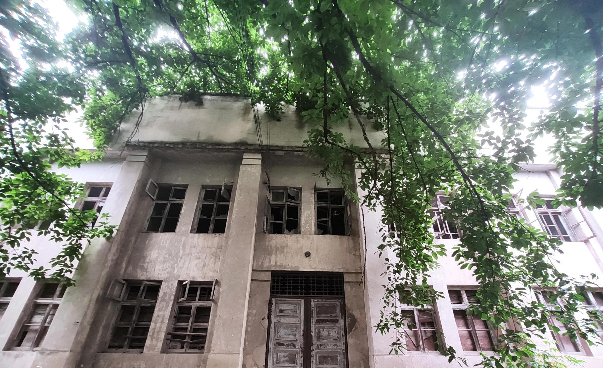 重庆大学城高校遗址,昔日辉煌功勋卓越,如今破败令人费解 大学城 重庆大学城 大学 每日推荐  第5张