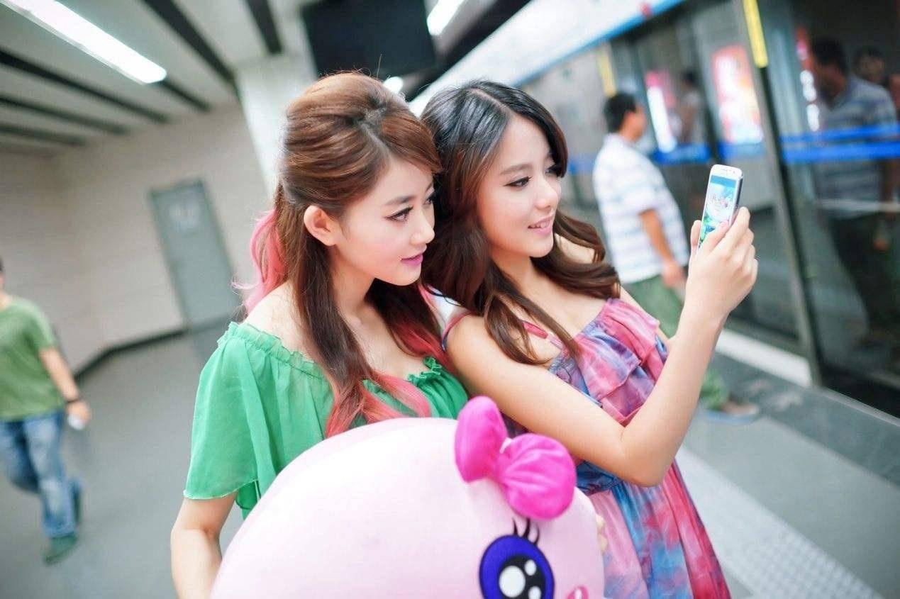 实体店买手机与网购手机有区别吗?手机店老板说出真相:差别很大