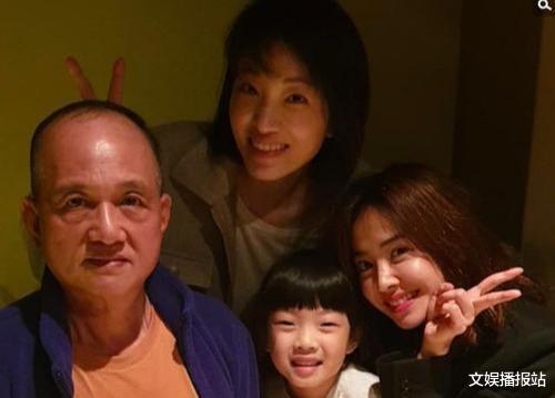 蔡依林父母确认离婚!6旬老父娶泰国娇妻5年生俩,混血儿子罕曝光