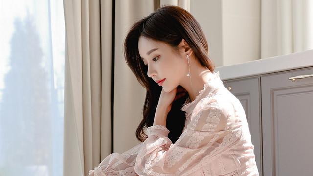 韩国模特珠珠时尚穿搭美图;初恋晴霓杨花百褶公主裙,小鸟依人感觉
