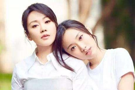隐瞒多年的秘密,闫妮当年捅破与赵本山关系,难怪49岁至今没人敢娶!