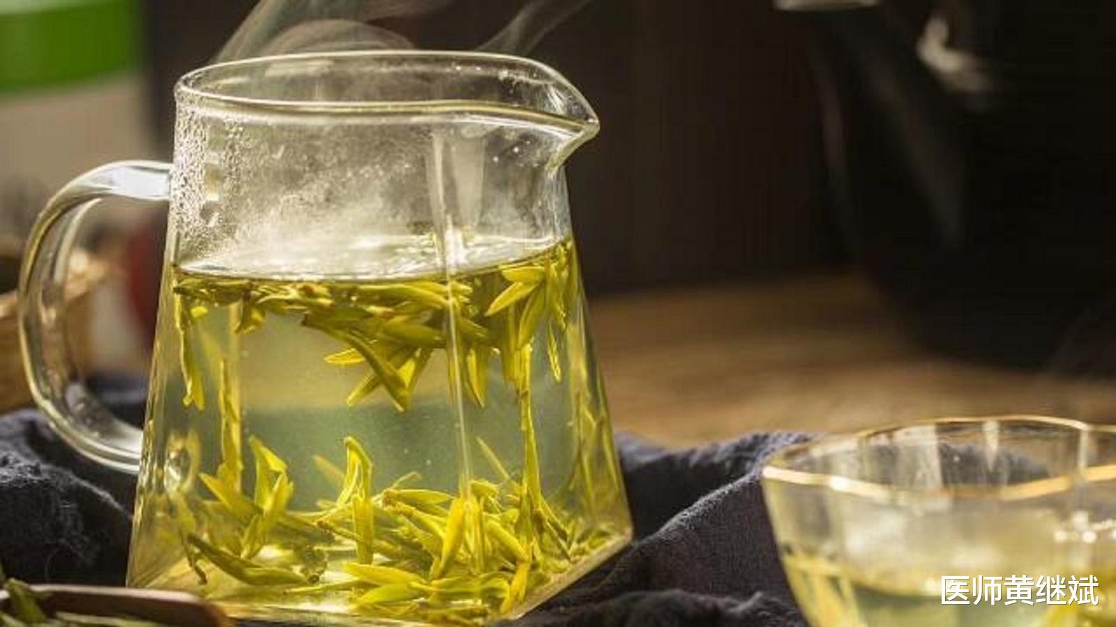 夏季必备养生饮品,比奶茶更健康,绿茶的功效和作用有哪些?