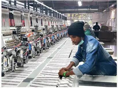 印度衣服价格预计会大幅上涨,很多中国的纺织品被困在港口