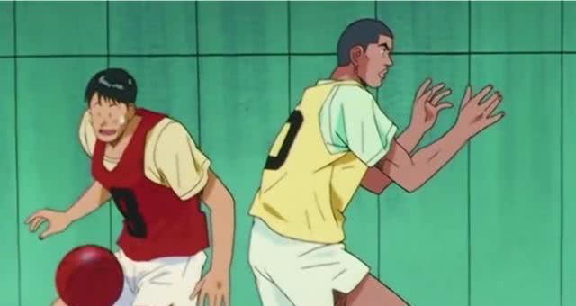 灌篮高手:赤木明明从小接触篮球,为什么高一时运球还总掉球呢