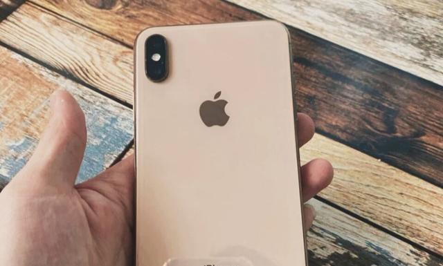 为什么很多机友情愿买iPhone 8,也不情愿买性价比更高的XR、11?