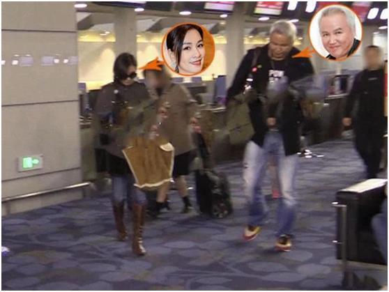 张庭一家旅行,打扮如贵妇尽显地位高,老公拎包就像个小跟班
