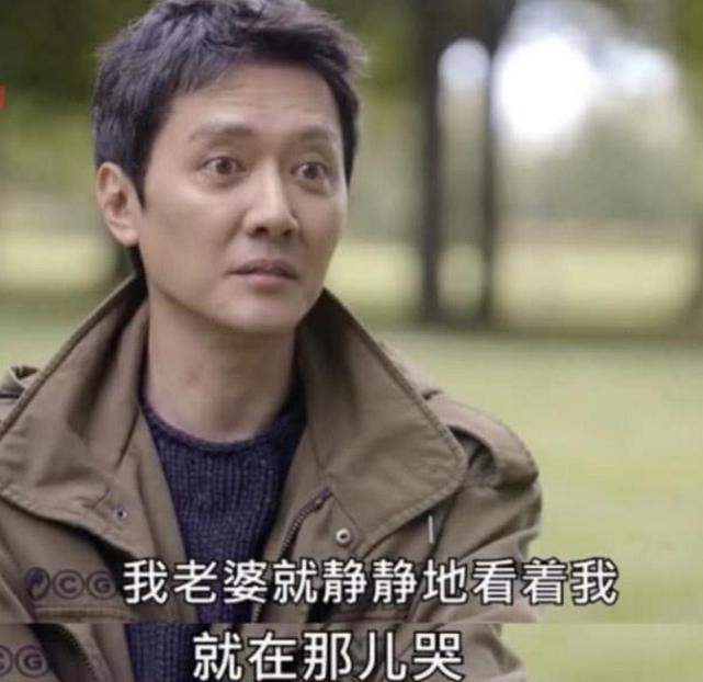 """有种""""整容""""叫冯绍峰当爸,前后判若两人,从前的美男子一去不复返"""