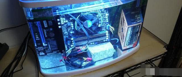 """最""""变态""""的CPU散热器是什么样的?性能太变态"""