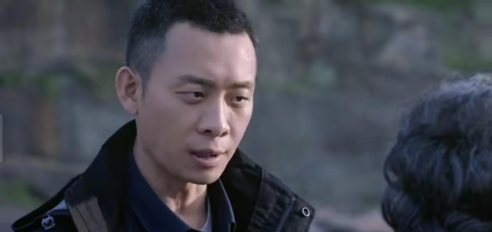 """剧情参水严重,""""影帝""""张译都带不动的悬疑剧插图4"""