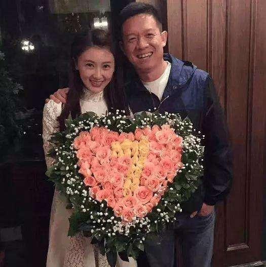"""贾跃亭和甘薇:一份价值40亿人民币的情人节""""礼物"""""""