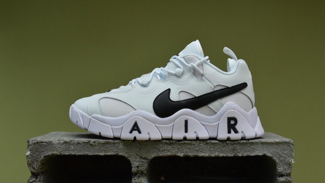 Nike Air Barrage Low 黑白 火力攻击系列男士复古中帮文化篮球鞋