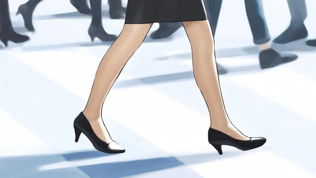 日本连裤袜品牌厚木为活动道歉 你觉得这次活动合理吗?