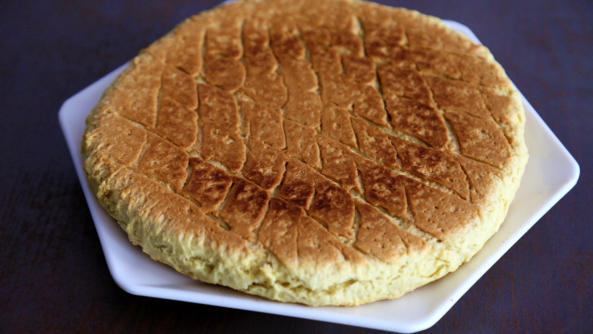 """寻味内蒙古:探店包头达茂餐馆,遇一种吃食名为""""黄油背锅"""""""