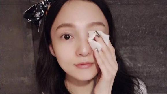 """张韶涵:不认真护肤就会""""毁容""""的5件事,你中了几个?"""