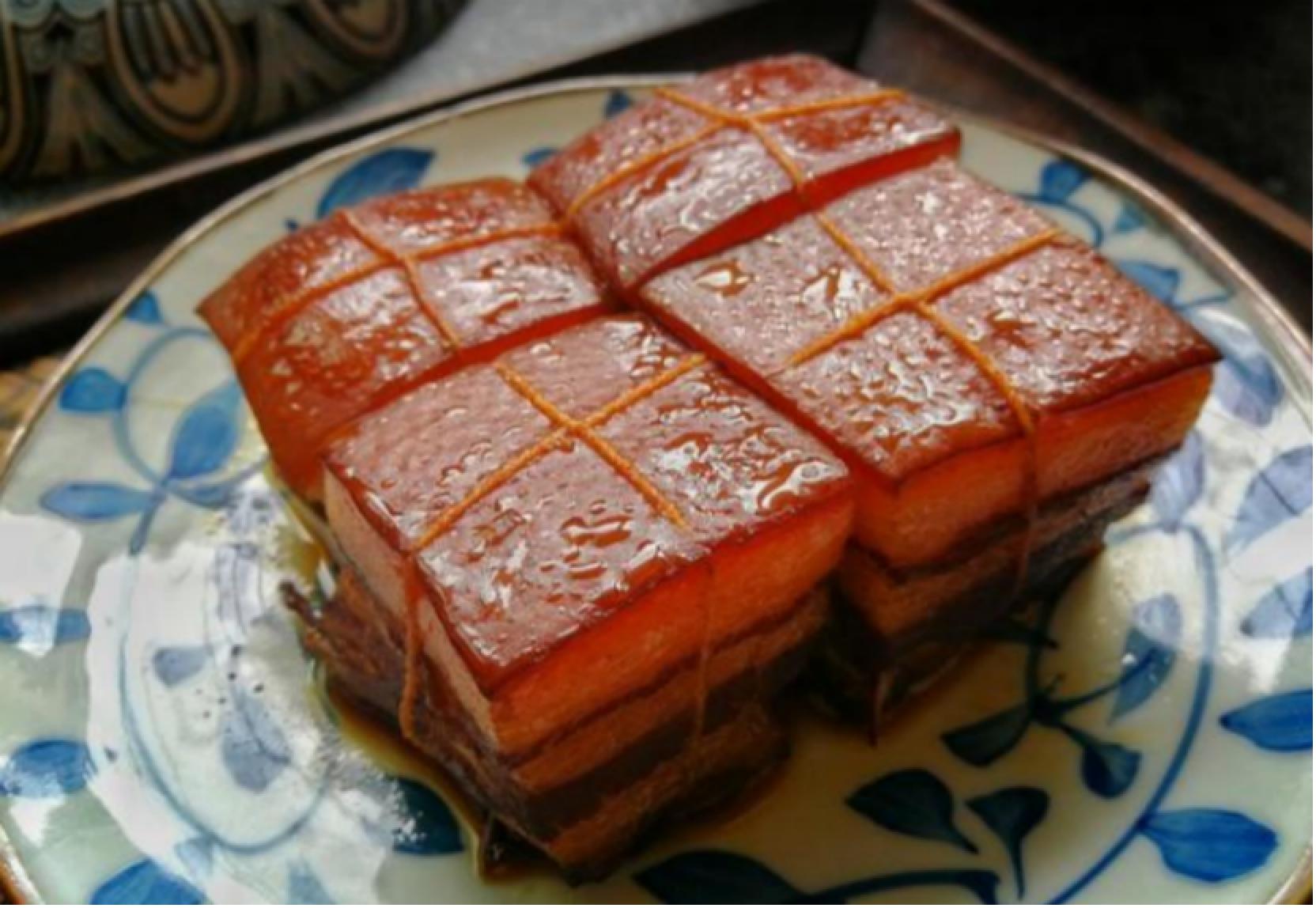 东坡肉的制作,不需要加一滴水,肥而不腻味道超赞