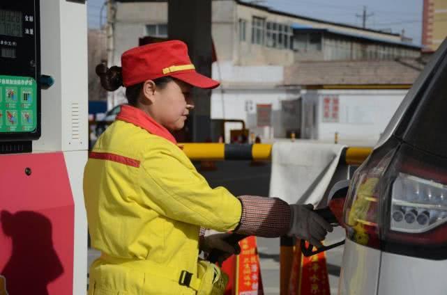 中石油和中石化汽油谁更耐烧?跑过长途都知道,差了一大截