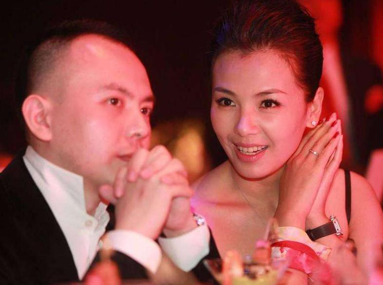 42岁刘涛深夜崩溃,发文慨叹生活无力,因为这3件事?
