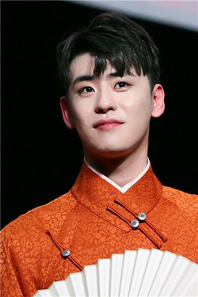 亚洲最帅面孔榜单出炉!榜首是国内艺人,看到鹿晗的排名有点意外