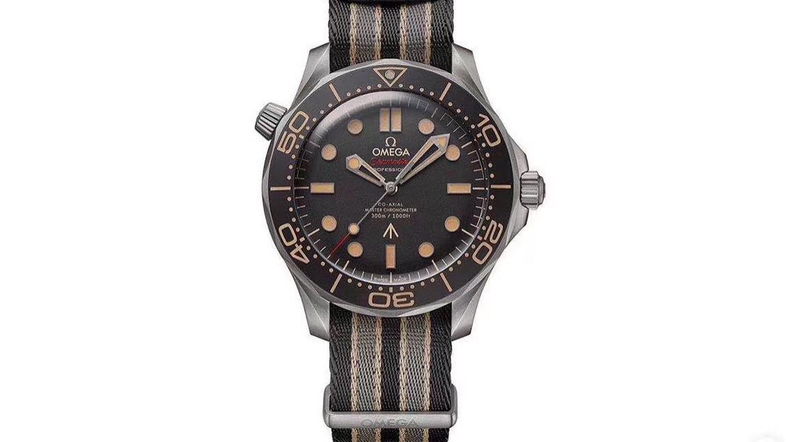 黑色控的福利来啦!  VS推出007版海马系列腕表