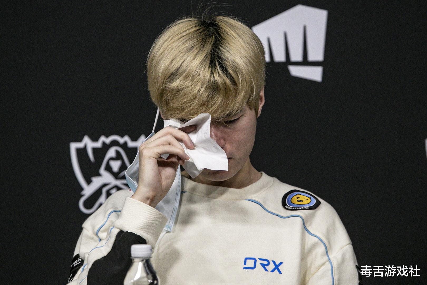 鱼人守卫_DRX止步八强后,Deft掩面痛哭,他说的这句话令JKL为之点赞-第3张图片-游戏摸鱼怪