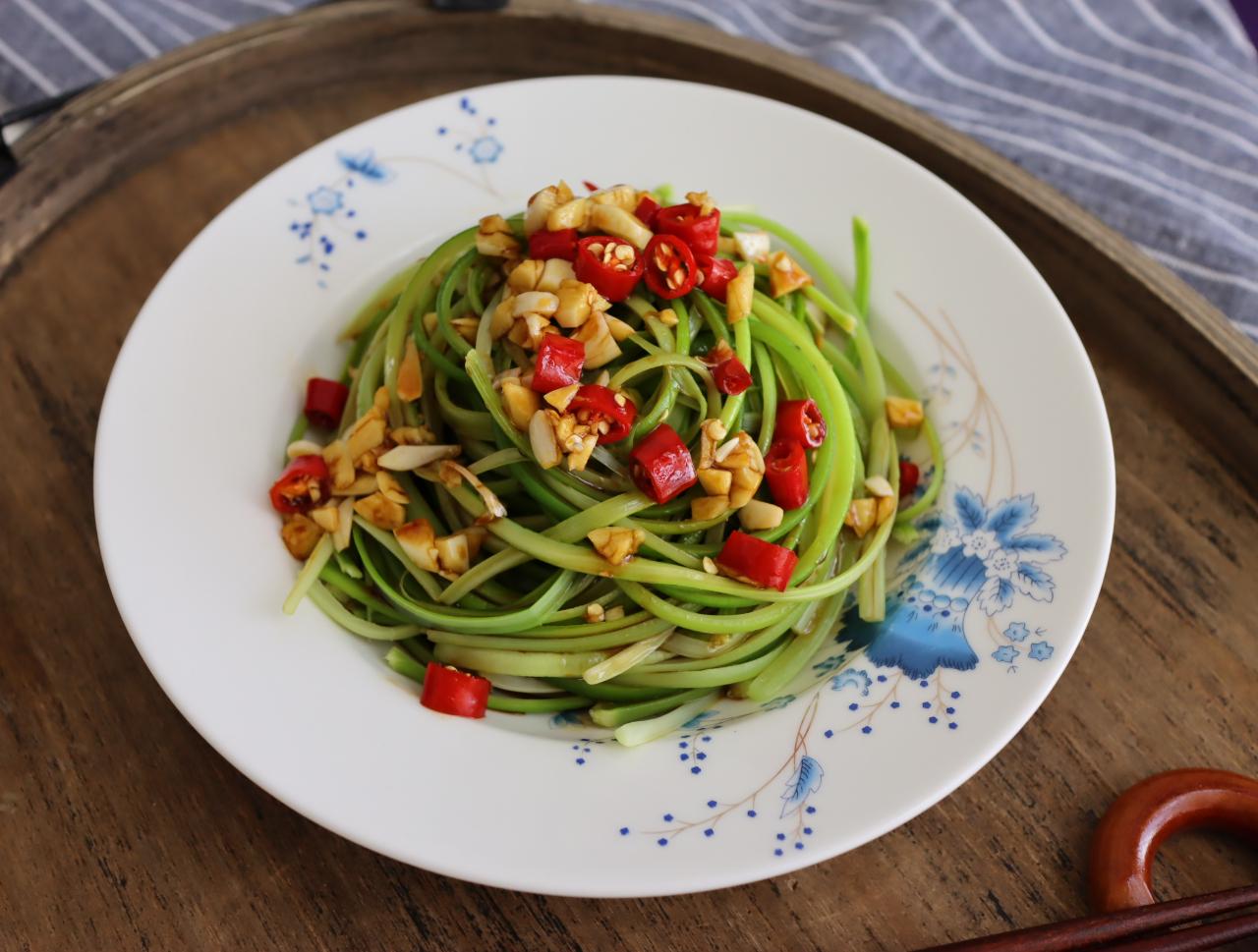 春天最好吃的应季蔬菜,5元一斤,简单拌一拌,清脆爽口越吃越瘦