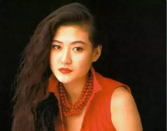 18年前,29岁陈宝莲纵身一跃,留下生父未知的婴儿今像极了黄任中插图4