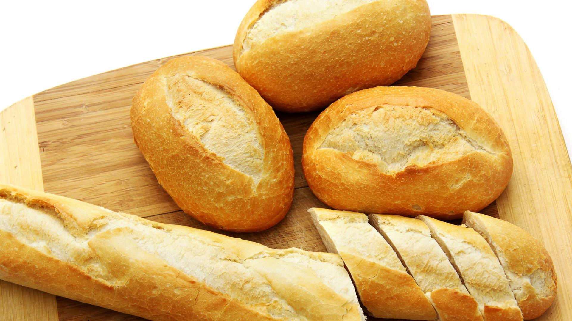 进口面包有多难吃?网友:跟臭袜子一样咬都咬不动,闻到就要晕倒
