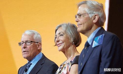 比尔·盖茨不是真首富?真正的首富家族,年收入是阿里8倍