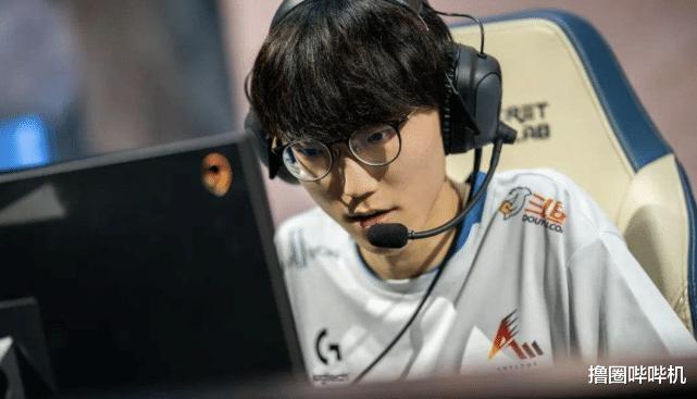 《【煜星娱乐主管】FPX官宣新赛季大名单,三韩援阵容正式确定,网友:这也太秀了》