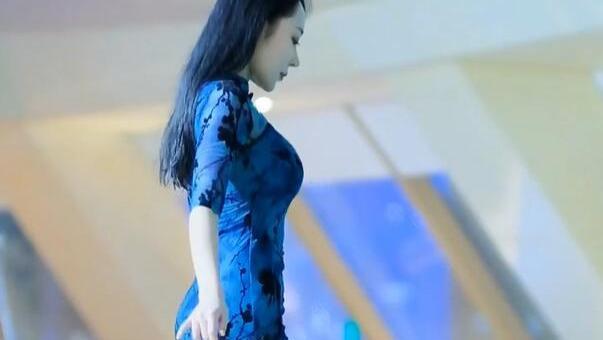 泳装旗袍造型真独特,美而不艳,散发出迷人高级感