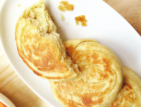 油酥饼想要酥脆别只会放酵母,牢记1点技巧,饼香酥柔软更好吃