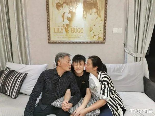 惨!TVB资深戏骨返港接拍剧却延期开工:倒贴十万元租住星级酒店插图2
