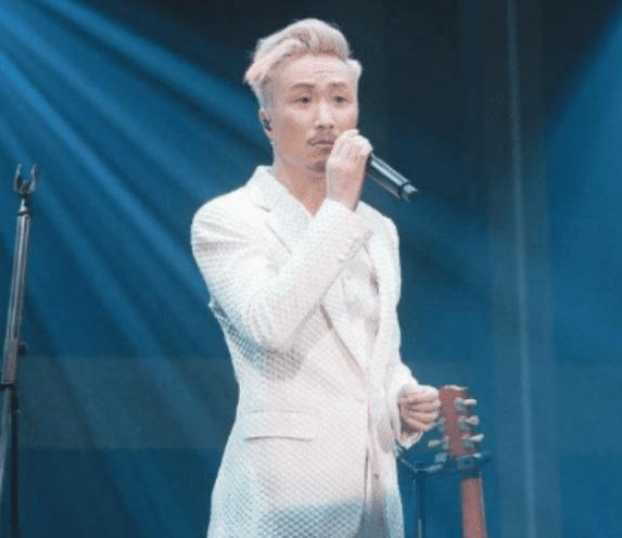 郑中基公开吐槽内地综艺,直言:凭什么让一个过气歌手评论我,还要我说谢谢