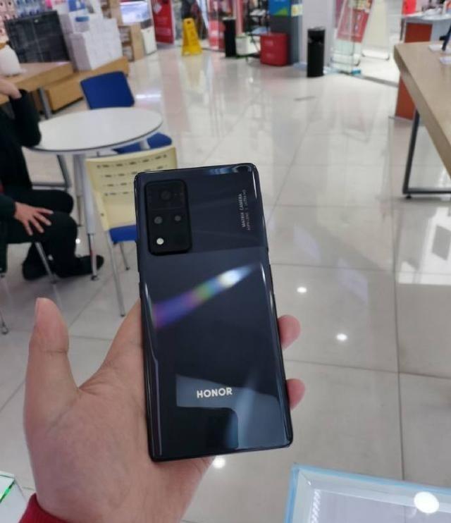 你怎么看荣耀V40这款手机,能够接受这个价格吗? 数码百科 第4张