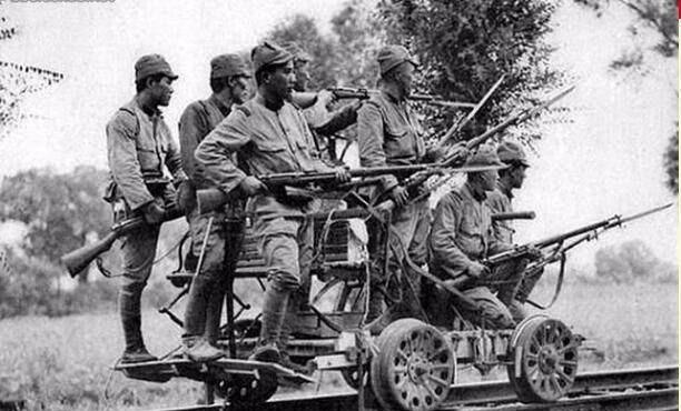在兰姆伽受训后,远征军官兵发现,骑摩托、吃饭团的日军其实很穷 陆军 单机资讯  第5张